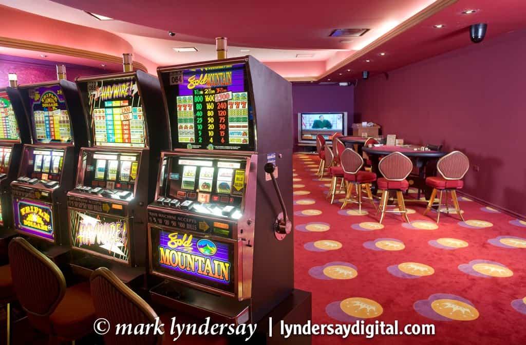 Slot machines, MovieTowne