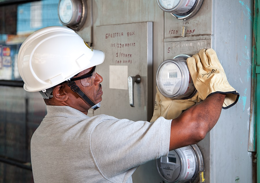 Meter installation, T&TEC Stock Imagery